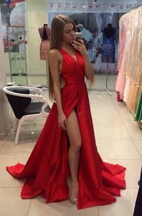 Sexy Red V-neck Long Prom Dress 2018 Sleeveless Front Split