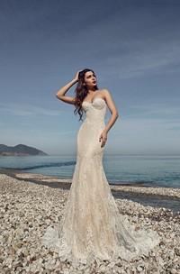 Floor-length Sweetheart Sleeveless Corset Back Lace Sheath Dress